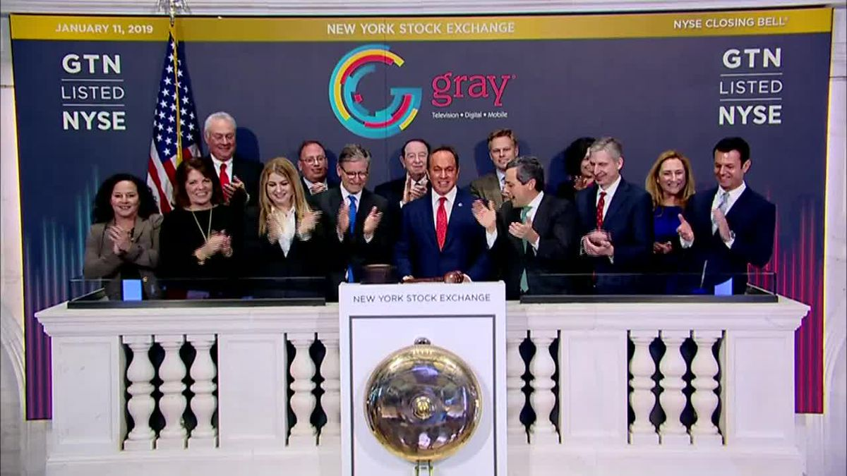 Hilton Howell Jr., CEO of Gray Television rings the closing bell at the NYSE.