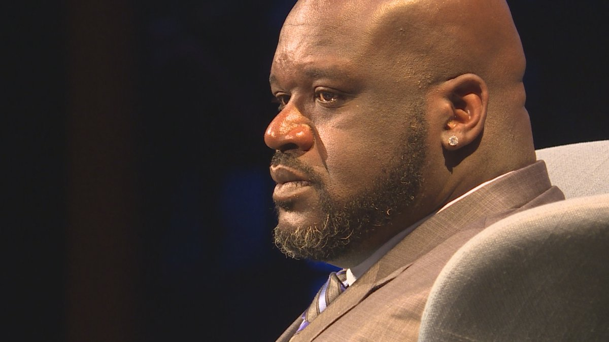 Shaquille O'Neal speaks at the Van Wezel.