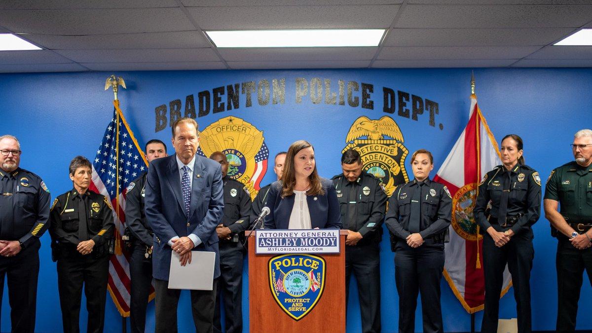 Florida Attorney general Ashley Moody and U.S. Rep. Vern Buchanan speak at the Bradenton Police...