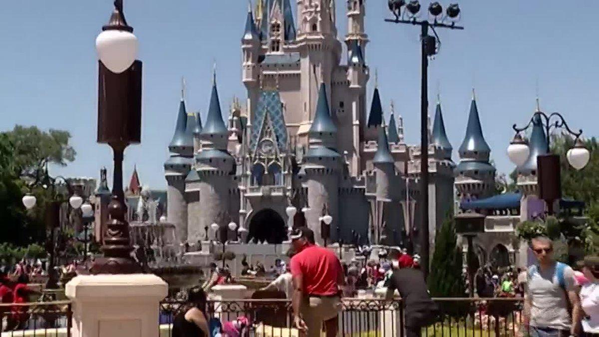 Disney World, Universal Studios closing over coronavirus