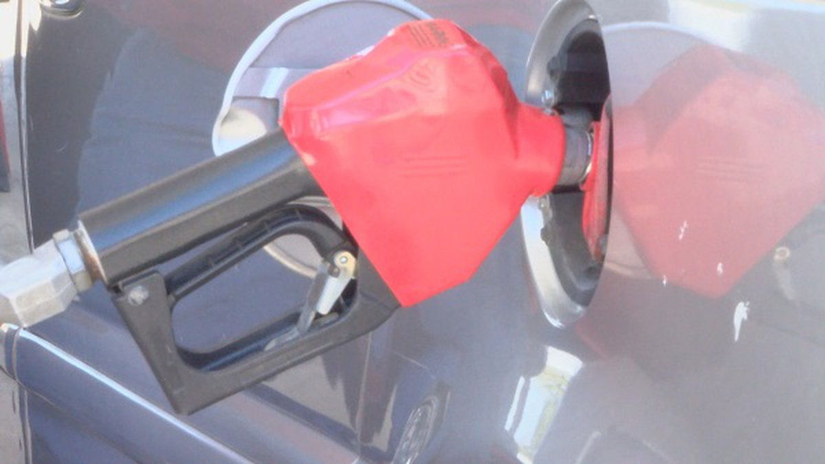 A Paragould church on Thursday helped people by giving away gas at a local gas station.