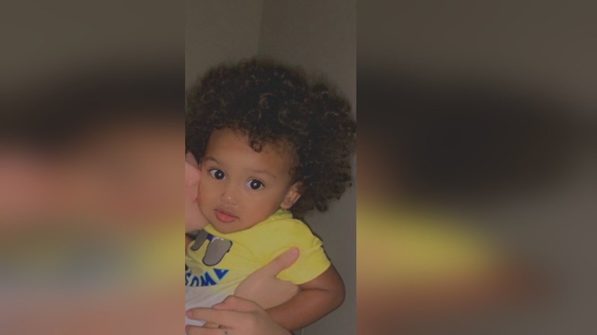 Deputies searching for one-year-old child last seen in Hillsborough County